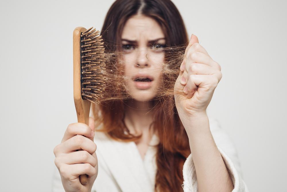 Uova e olio d'oliva per contrastare l'alopecia