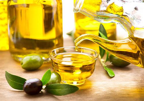 Benefici di olio per il corpo per la pelle