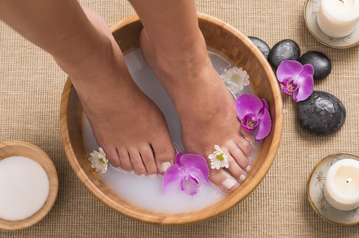 Come lavare i piedi con bicarbonato di sodio