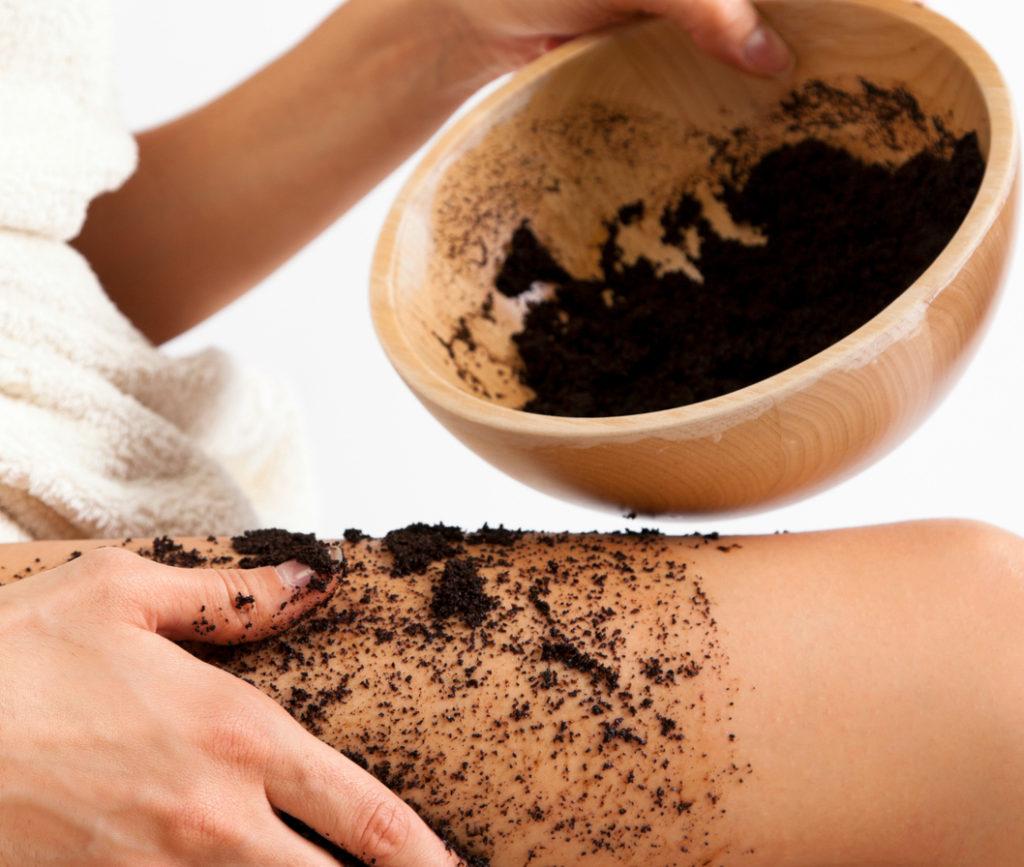 Rimuovere la cellulite con il caffè? Si, si può!