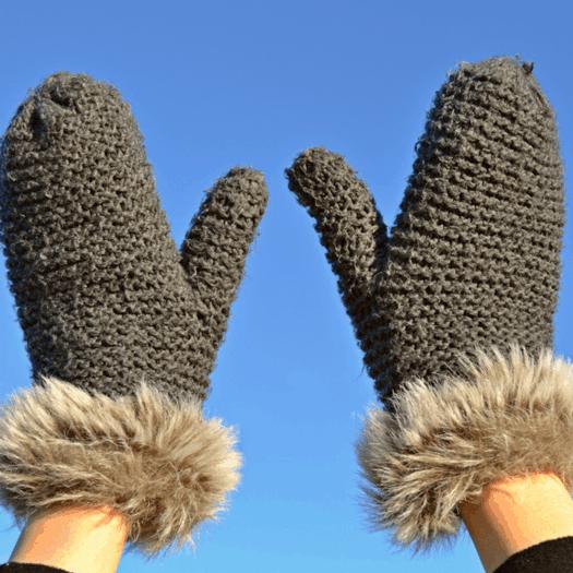 Come curare le mani con l'arrivo della stagione fredda