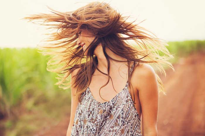 Come fare una crema solare per i capelli