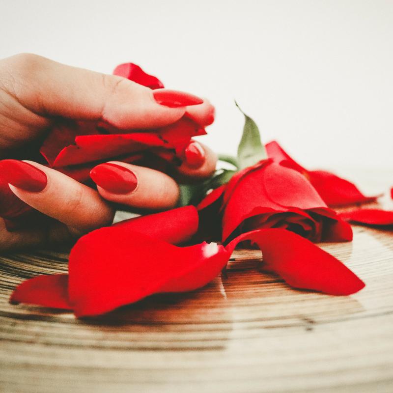 Come decorare le unghie nel periodo natalizio
