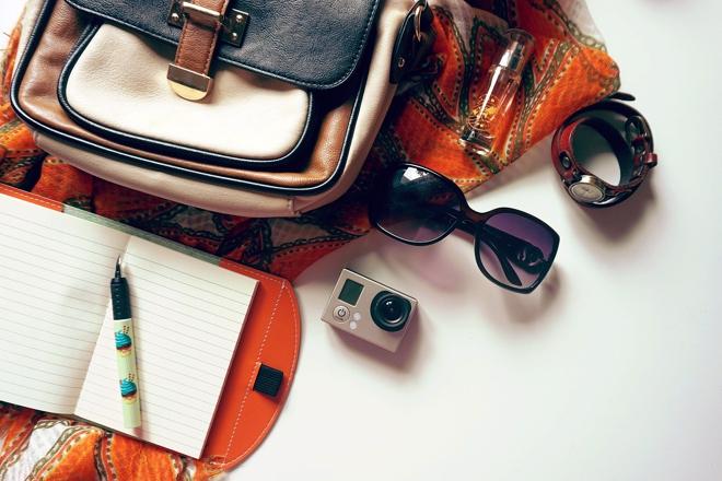 Trucchi e consigli per organizzare l'interno della borsa