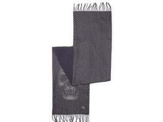 Moda uomo di Alexander McQueen: la sciarpa nera con un teschio