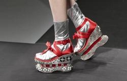 Accessori 2013 in Italia e Giappone parla di .. scarpe!