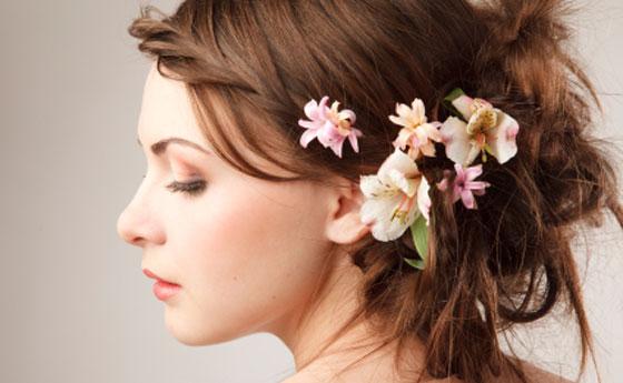 Florals: mettete dei fiori nei vostri .. capelli