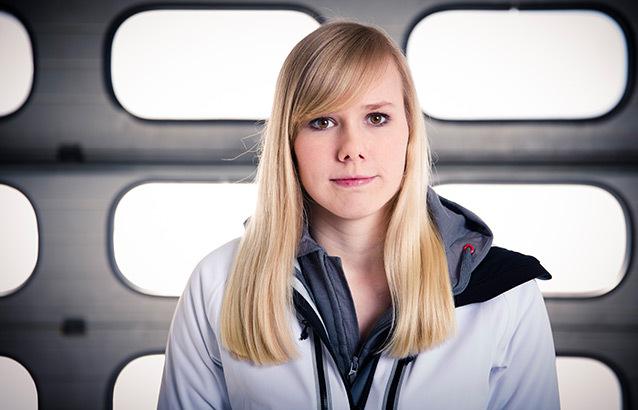 Formula Uno, ecco una ragazza, giovane, correre per Red Bull