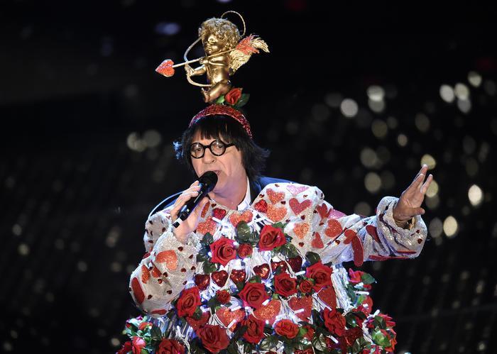 Sanremo 2015: tutta colpa di Cupido, lo dice Zero, no Panariello