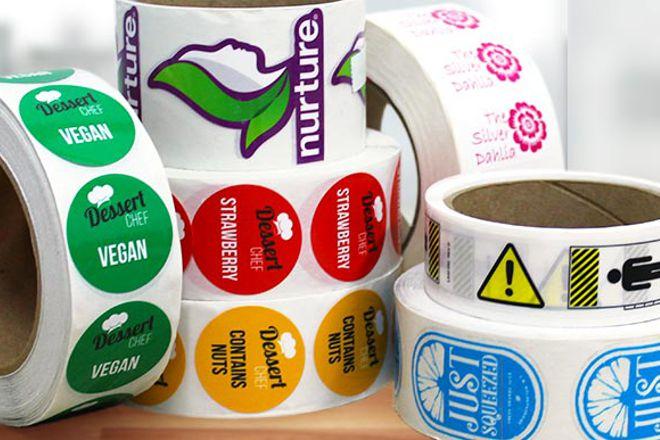 Come realizzare delle etichette personalizzate con il logo del tuo brand