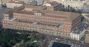 Il palazzo reale di Napoli e i suoi personaggi