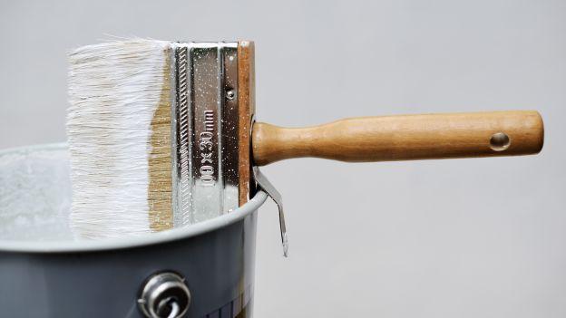 Tinteggiare casa, senza prendersi troppo sul serio