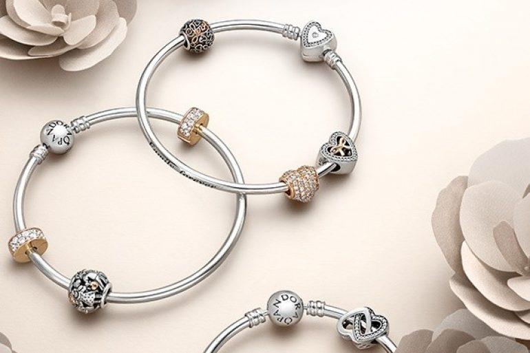 Come pulire un braccialetto d'argento