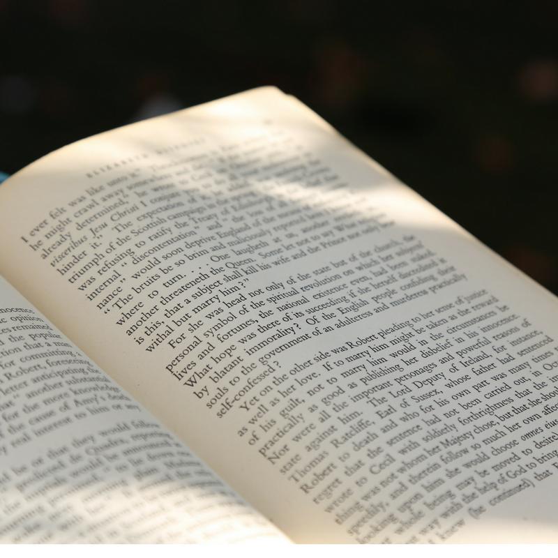 Perché leggere almeno un libro al mese