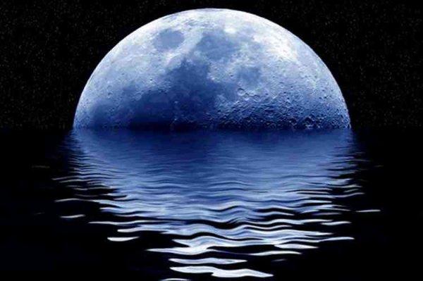 La luna e il mare: gli amanti della notte!
