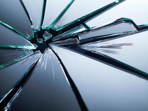 Cosa fare quando si rompe uno specchio