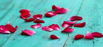 Idee romantiche semplicissime per la cena di san Valentino in casa