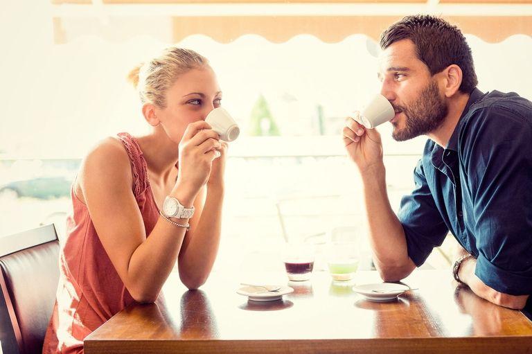 7 segni per capire che piaci ad un uomo