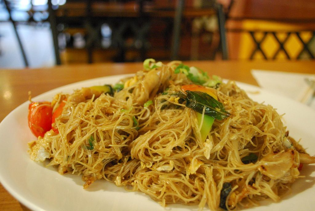 Spaghetti di riso al Pomodoro con olio di peperoncino