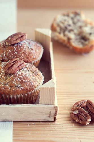 Muffin con banane e noci pecan