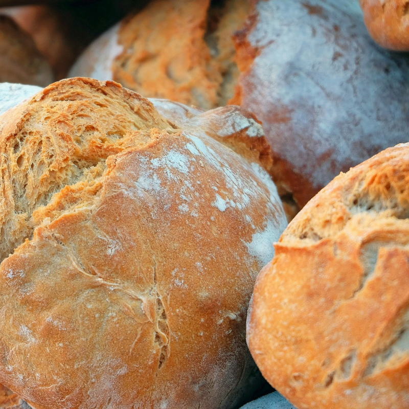 Come collocare il pane sulla tavola natalizia