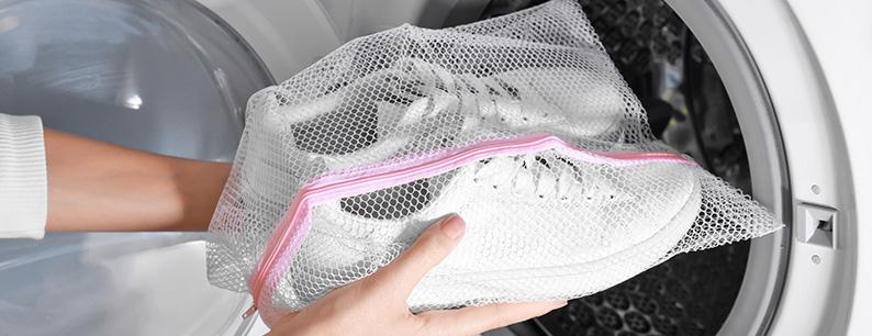 Come lavare le scarpe da corsa in lavatrice