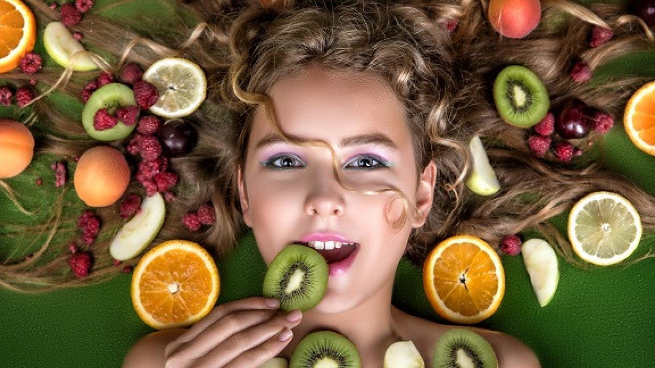 Contrastare la caduta dei capelli con l'alimentazione