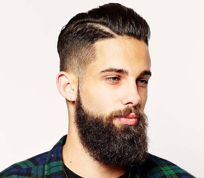 L'uomo dalla lunga barba, bentornato tra noi