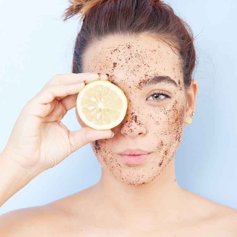 Scrub viso di lavanda e tè verde