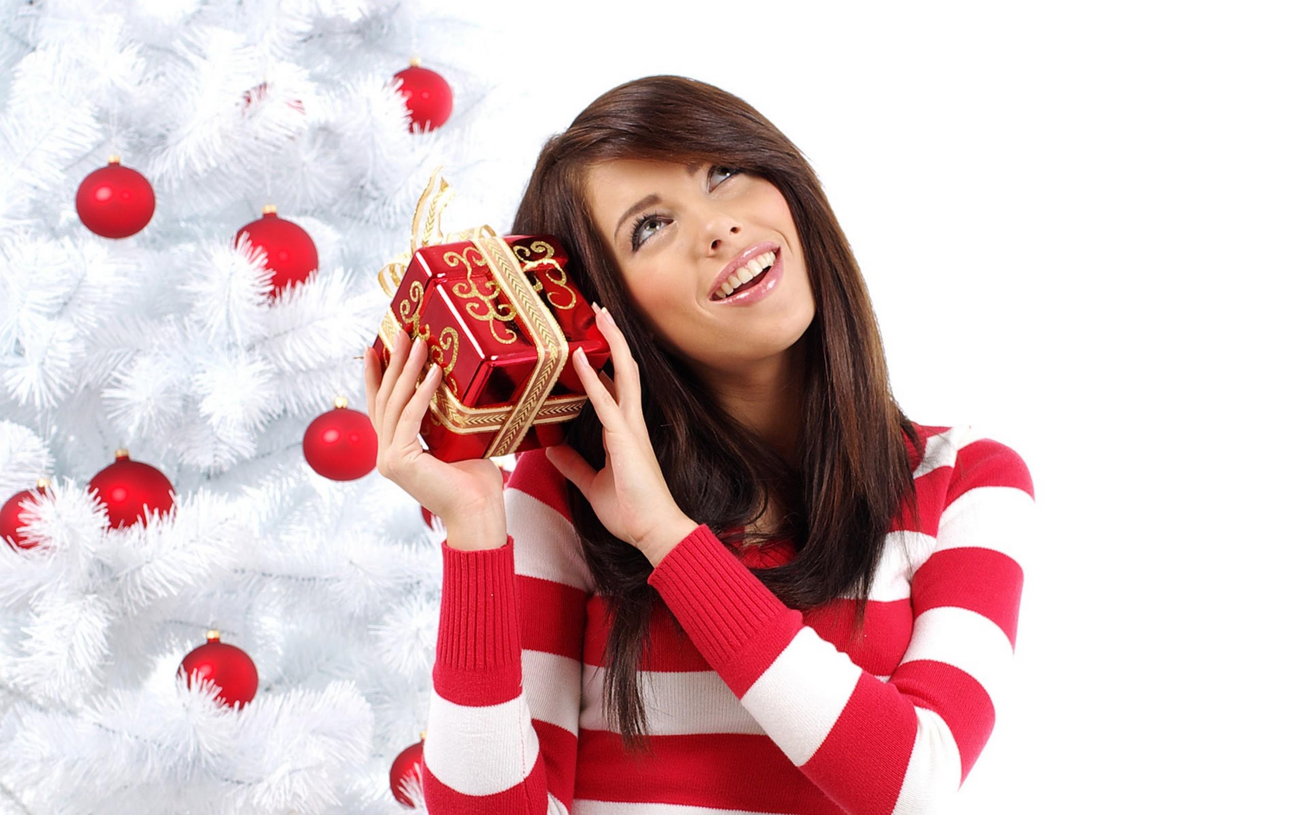 Cosa regalare alla mia ragazza per Natale | DONNISSIMA.it