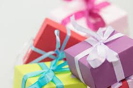 Regali natalizi che ricordano i momenti felici