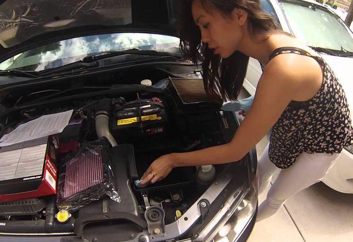 Cos'è e come funziona il filtro dell'aria nell'automobile