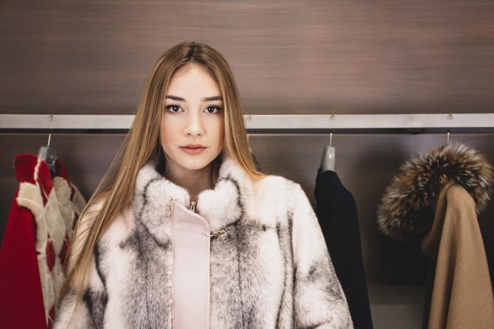 Come avviene la rimessa a modello di una pelliccia