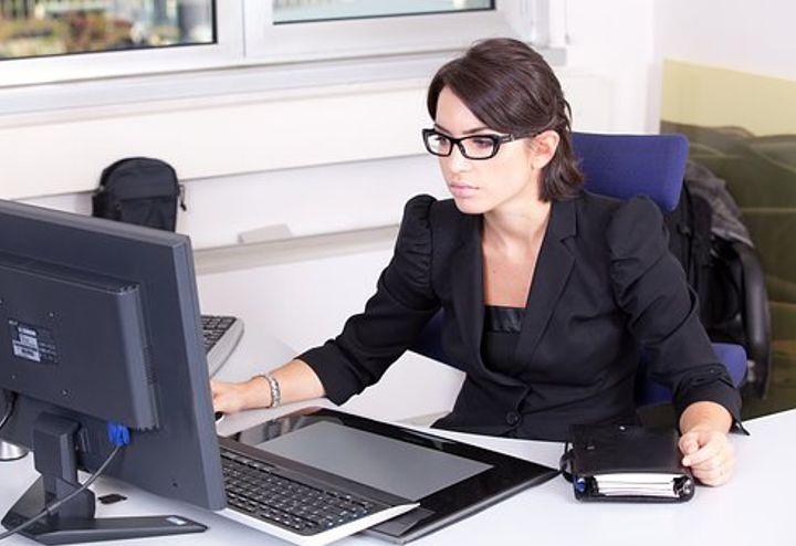Consigli di stile: per un look perfetto anche in ufficio