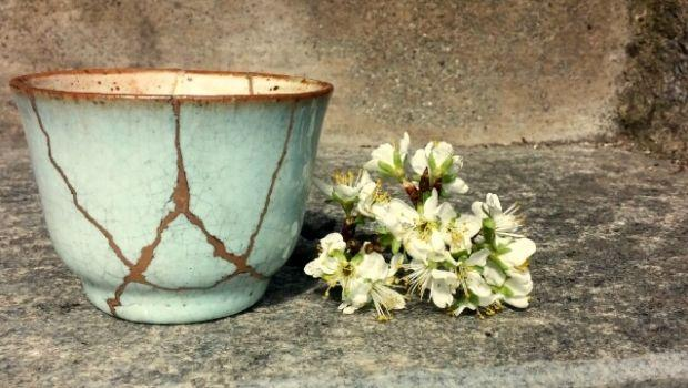 Come incollare ceramiche rotte
