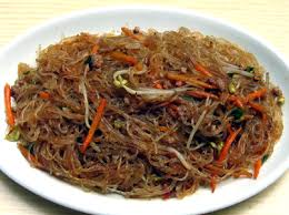 Spaghetti di soia alla cinese, fatti in casa