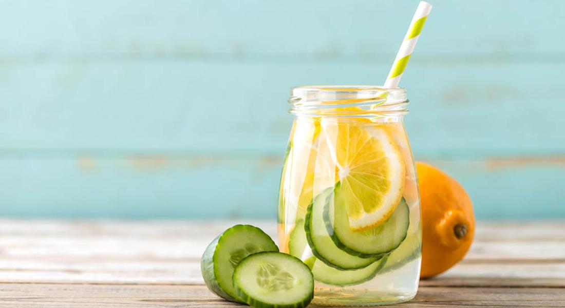 Succo di cetriolo e limone