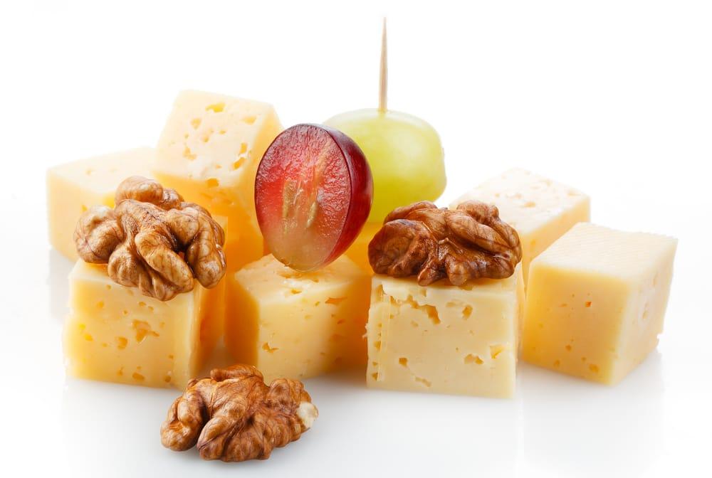 Spiedini di formaggio fresco