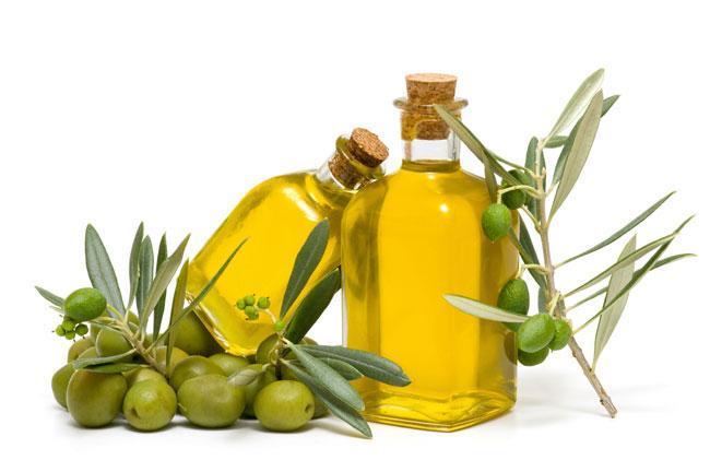 Olio di oliva: nonostante le mode resta il migliore