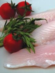 Pangasio al pomodoro e aglio: un pesce povero ma gradevole